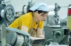 Aumenta a 750 mil la pérdida de empleos en Vietnam desde principios de año