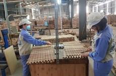 Empresas madereras de Vietnam logran sobrevivir en medio del COVID-19