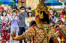 Tailandia considera cobrar impuesto a turistas extranjeros