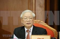 Máximo dirigente vietnamita elogia desempeño de organizaciones e individuos en lucha contra desastres naturales