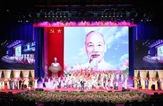 Partidos de Laos y Cuba felicitan al PCV por aniversario de natalicio del Presidente Ho Chi Minh