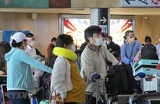 Repatrían a 340 ciudadanos vietnamitas de Japón a causa del COVID-19