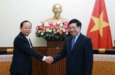 Viceprimer ministro de Vietnam recibe a embajador camboyano