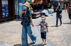 Trabajadores de salud de Tailandia disfrutarán vacaciones gratuitas