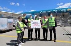 Empresas vietnamitas donan suministros médicos al estado alemán de Leipzig