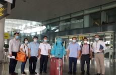 Exhortan a realizar medidas estrictas de cuarentena para expertos extranjeros que entren a Vietnam