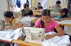 """Sector textil de Camboya solicita a UE posponer la salida de acuerdo """"Todos menos armas"""""""