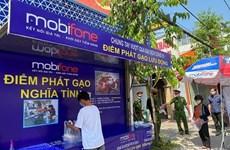 Distribuyen arroz gratis a los necesitados en Ciudad Ho Chi Minh