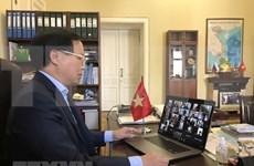 Vietnamitas en Rusia refuerzan lucha contra COVID-19