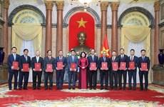 Designan a 12 nuevos embajadores vietnamitas para mandato 2020-2023