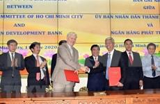 Intensifica Ciudad Ho Chi Minh cooperación con Banco Asiático de Desarrollo