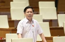 Ministro de Transporte de Vietnam rinde cuentas ante el Parlamento