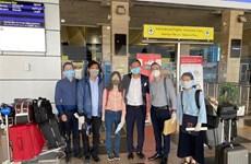 Vietnamitas retornan al país desde Kuwait, Qatar y Egipto