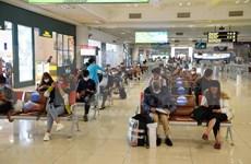 Aeropuerto de Noi Bai restablece por completo transporte de pasajeros nacionales