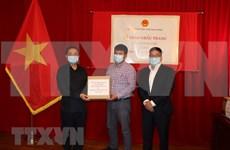 Vietnam dona 50 mil mascarillas a viet kieu en Canadá