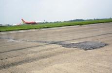 Inician obras de mejoramiento de pistas de aeropuertos Noi Bai y Tan Son Nhat