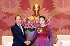 Presidenta de Asamblea Nacional de Vietnam recibe a nuevo embajador camboyano