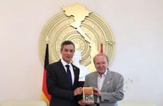 Periodista alemán Hellmut Kapfenberger lanzará libro sobre el Presidente Ho Chi Minh