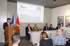 Vietnam y la República Checa impulsan turismo en etapa postCOVID-19