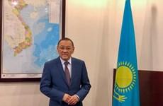 Destacan fructíferas relaciones entre Vietnam y Kazajstán
