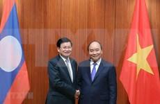 Realiza primer ministro de Laos visita a Vietnam