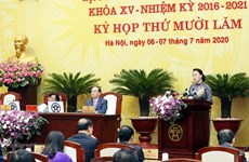 Presidenta del Parlamento vietnamita insta a estimular recuperación económica de Hanoi