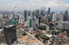 Malasia baja las tasas de interés a niveles récord