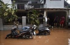 Indonesia reporta al menos 15 muertos por inundaciones