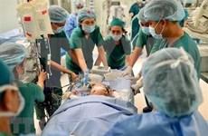 Vietnam lleva a cabo exitosamente la operación de separación de siamesas