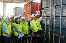 Detectan 110 contenedores con desechos tóxicos en puerto de Malasia