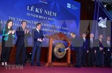 Premier de Vietnam ratifica política consecuente de priorizar desarrollo del mercado bursátil