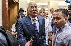 Ordenan a exprimer ministro de Malasia pagar 400 millones de dólares de impuestos