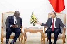 Premier de Vietnam apoya el impulso de los vínculos comerciales con Nigeria