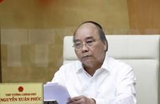 Premier de Vietnam exige mantener en alto la vigilancia ante compleja evolución del COVID-19