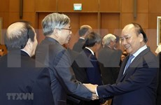 Vietnam crea condiciones para el desarrollo de los intelectuales, científicos y artistas, dice Premier