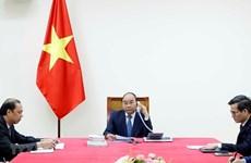 Premier de Vietnam mantiene conversación telefónica con su homólogo japonés