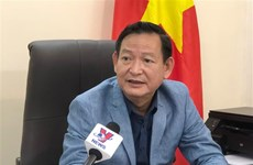 Misión diplomática de Vietnam apoya a ciudadanos afectados en la explosión en Beirut