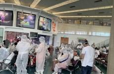 Repatrían a 240 vietnamitas varados en Singapur