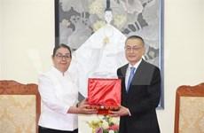 Condecora Camboya a título póstumo a exembajador de Vietnam con alta insignia