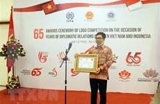 Honran a ganadores del concurso de logotipos sobre relaciones diplomáticas Vietnam-Indonesia