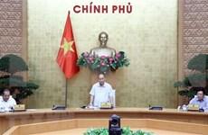 Premier pide acelerar concesión de visas a expertos e inversores foráneos que ingresan a Vietnam