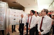 Inauguran en Hanoi exposición documental conmemorativa al Día Nacional