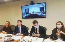 Vietnam y Rusia discuten proyectos de inversión prioritarios en medio del COVID-19