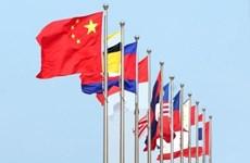 China y ASEAN trabajan juntos por elevar los nexos bilaterales a un nivel superior