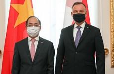 Polonia promueve cooperación multifacética con Vietnam