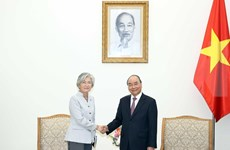 Premier vietnamita recibe a ministra de Relaciones Exteriores de Corea del Sur