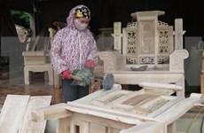 Buscan convertir a Vietnam en centro de producción de artículos madereros de decoración de interiores del mundo