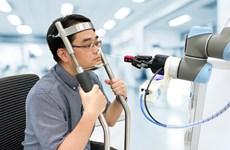 Singapur crea robot que ofrece procedimiento rápido y seguro en prueba del COVID-19