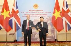 Esbozan Vietnam y Reino Unido trayectoria de asociación estratégica bilateral en 10 años