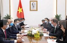 Premier de Vietnam respalda cooperación energética con Reino Unido